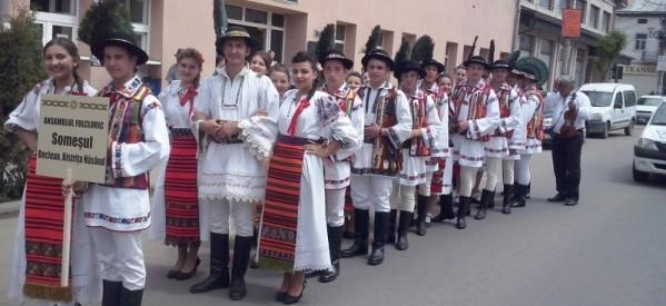 """Ansamblul folcloric ,,Someșul"""" Beclean, prezent la ,,Armonii de primăvară"""" în Vișeu"""