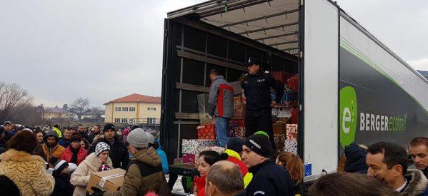 Camionul de Crăciun a ajuns și în acest an în județul Bistrița-Năsăud